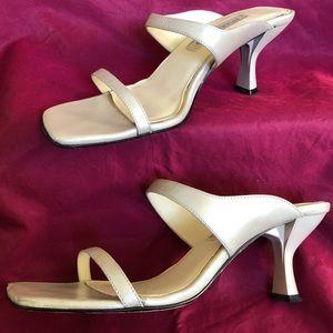 Bisou Metallic Cream Heels